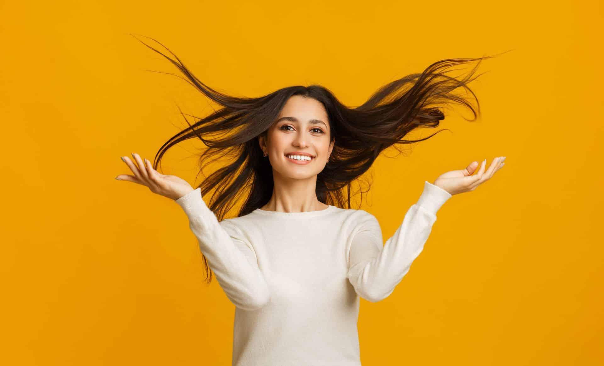 Ursachen und Behandlung von Haarausfall bei Frauen